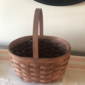 2008 dark stained Oval Spring Basket